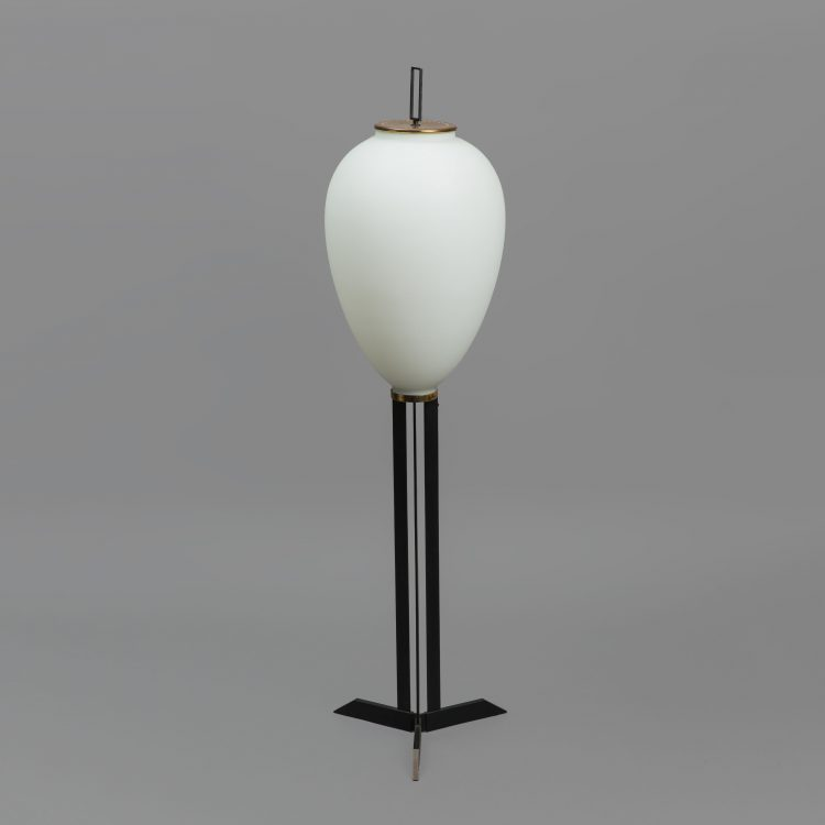 Rare 'Pinguino' Floor Lamp by Angelo Lelii for Arredoluce | soyun k.