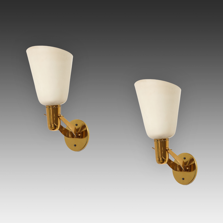 Rare Pair of Sconces Model 121 by Gino Sarfatti for Arteluce   soyun k.