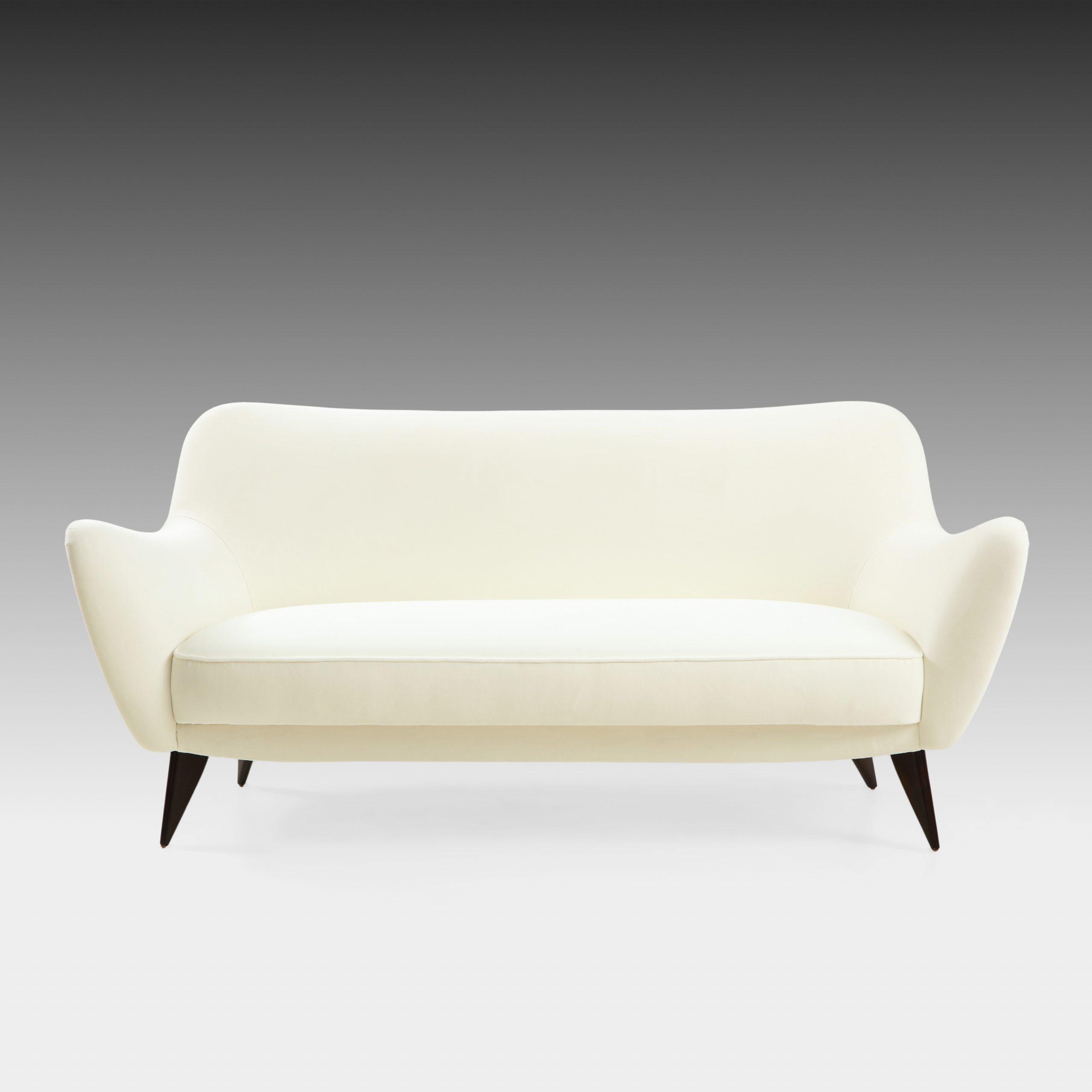 'Perla' Sofa by Giulia Veronesi for I.S.A. Bergamo   soyun k.